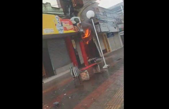 Loja de roupas é atingida por incêndio em Itabuna 1