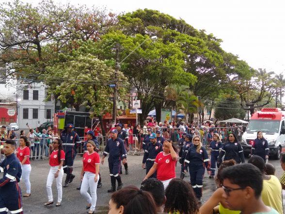 ILHÉUS: Mesmo com chuva, desfile de 7 de setembro não perde a tradição 11
