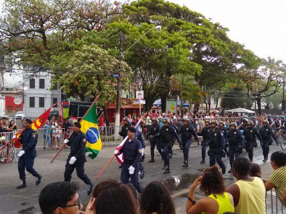 ILHÉUS: Mesmo com chuva, desfile de 7 de setembro não perde a tradição 7