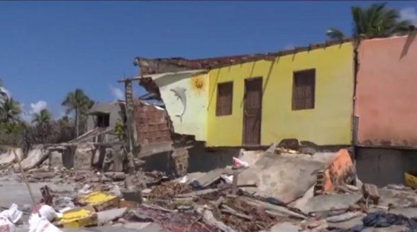 Avanço do mar atinge cerca de 65 casas e 16 estabelecimentos comerciais em Ilhéus 6