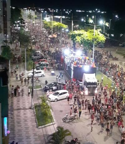 Deputado Federal Igor Kannário põe trio na rua na Marcha da Diversidade de Ilhéus 4