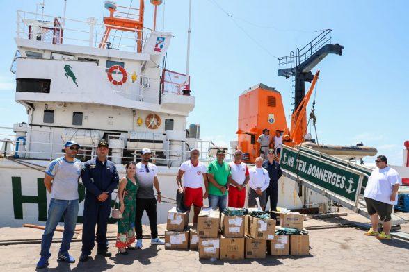 Marinha envia kits de EPI's para reforçar ações de limpeza das praias de Ilhéus 1