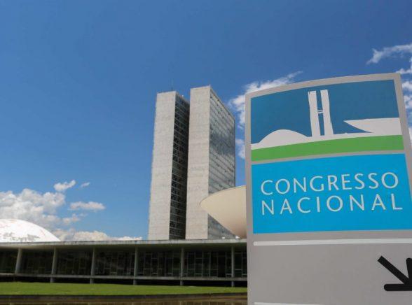 Prefeitos se mobilizam em Brasília contra extinção de cidades 3