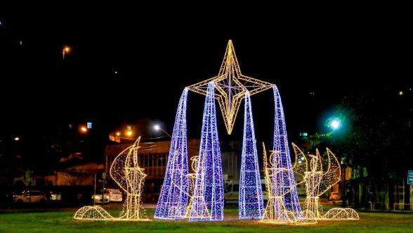 Prefeitura de Ilhéus começa os preparativos para decoração de natal 4
