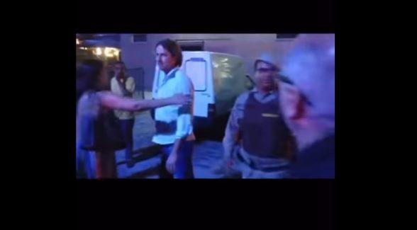"""Zeca """"tchutchuca"""" Dirceu sente de perto a ira do povo em Itabuna (veja o vídeo) 6"""