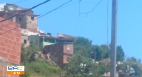 Criança é atingida por bala perdida dentro de casa em Ilhéus 1