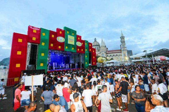 Grandes shows, pirotecnia e homenagem marcam virada do ano em Ilhéus 8