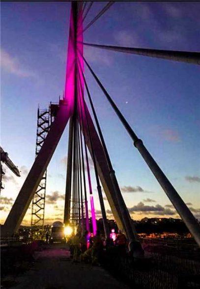 Vestida de luz: primeiros testes de iluminação cênica da Nova Ponte de Ilhéus sinalizam etapa final 1