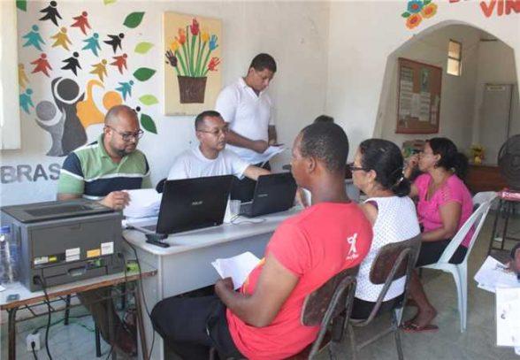 ILHÉUS: Ações sociais em Castelo Novo beneficiam comunidade 2