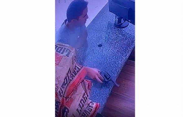 Câmera de segurança flagra assalto a frigorífico em Ilhéus 1