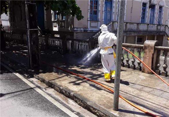 Prefeitura mantém ação de desinfecção das ruas de Ilhéus para conter coronavírus 2