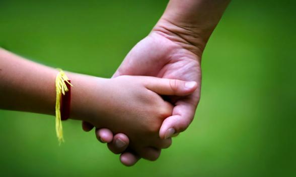 O que é a adoção irregular e quais os seus efeitos jurídicos? 1