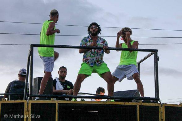 ILHÉUS: Bloco de Virote levou alegria às ruas do Iguape 4